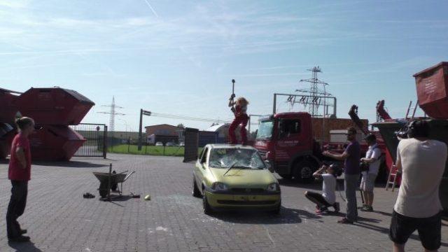 Lucy Diakosvka No Angel zu Gast bei Containerdienst Stefan - 08